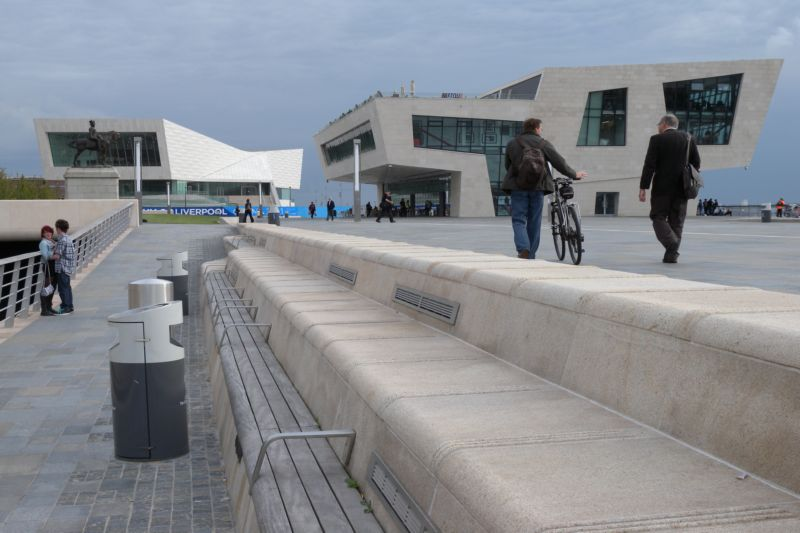 Renovated riverside with new Liverpool Museum